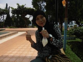 greetings from Emyl. she enjoyed that fresh milk :D