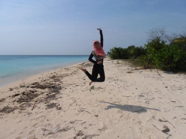 Jumping at Pulau Tabuhan