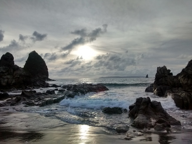 Sunset at Payangan beach
